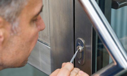 Schlüsselnotdienst und Schlüsseldienst